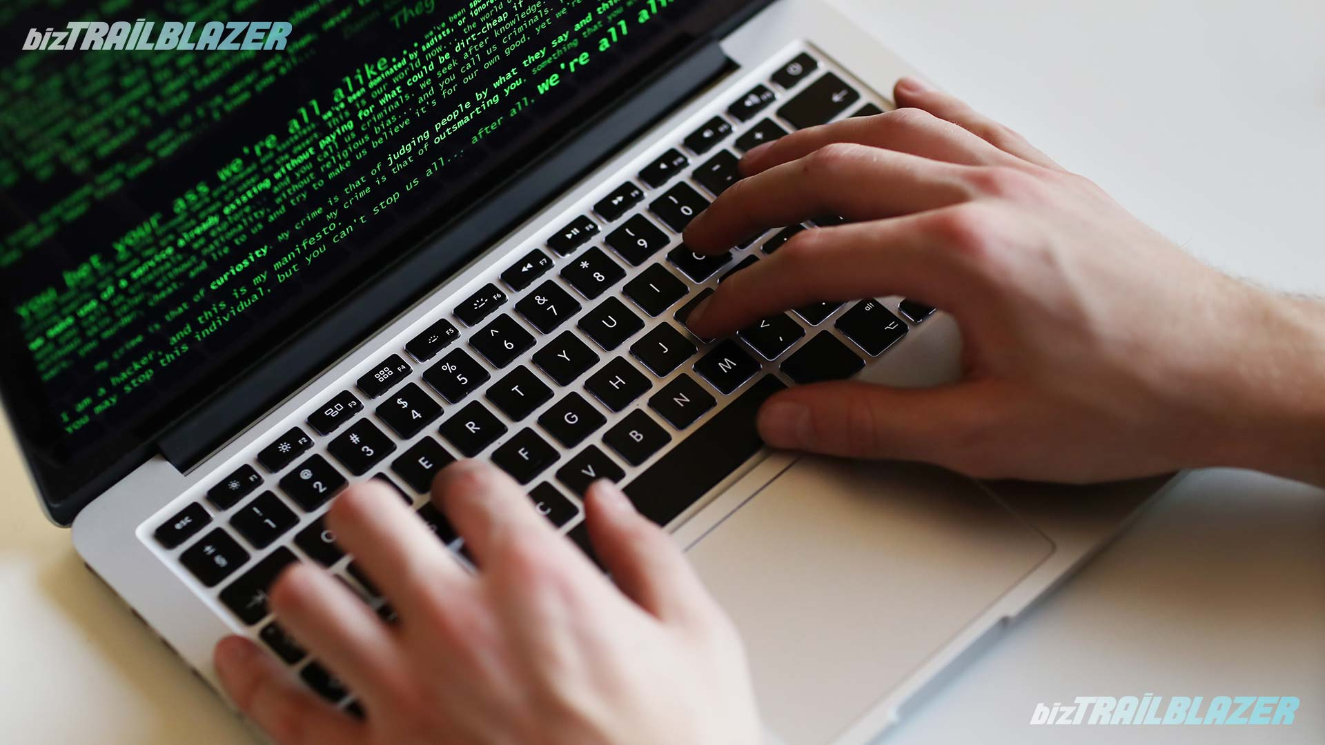 BizTrailBlazer-Blog-Stay-Safe-from-Cybercrimes-in-7-Ways
